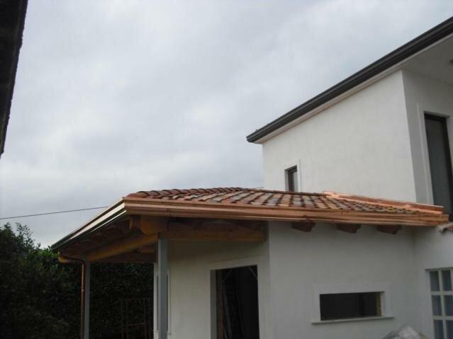 Les travaux d'agrandissement d'un logement au Alife loc. San Michele Italie