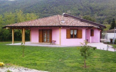 Casa in legno Baia e Latina -CE1