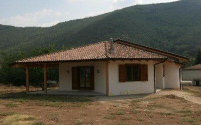 Casa in legno Baia e Latina -CE11
