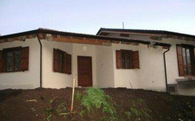 Casa in legno Baia e Latina -CE8