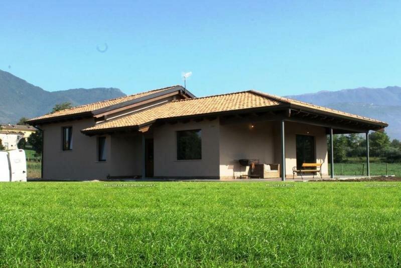 Villa de 200 mètres carrés – Alife Italie